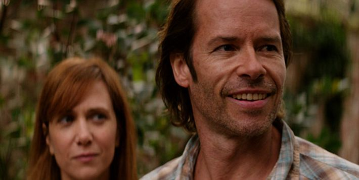 hateship-loveship-kristen-wiig-guy-pearce-picture